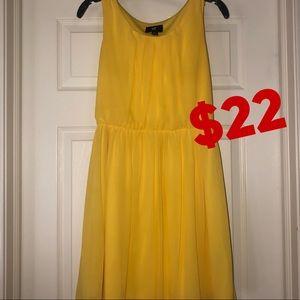 Dresses & Skirts - Yellow sun dress